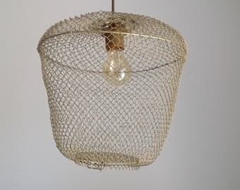 Recycled lamp wire fish trap