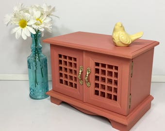 Vintage Coral Jewelry Box, Shabby Chic Jewelry Box, Upcycled, Hand Painted
