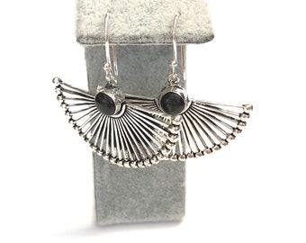 onyx drop earrings, black earrings, silver dangle earrings, vintage style earrings, onyx jewellery , gift for her, dangle earrings