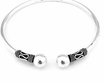 Sterling silver Bali Style Bangle