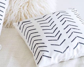 "Boho chic zigzag Pillow 18""x18"" Pillow Cover"