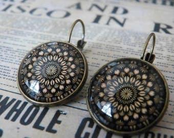 Oriental flower mandala cabochon earrings