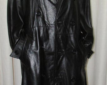 Vintage manteau long  de cuir noir  pour homme/Vintage long black leather men coat  sz s-m  chest 40   qualité produit made in Canada