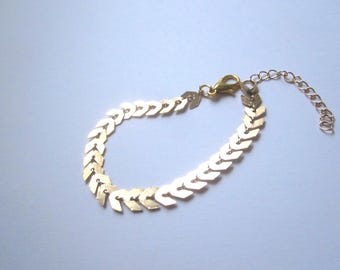 Gold spike chain bracelet