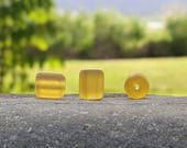 17 Perles baril nugget sea glass, perles verre recyclé, Desert gold,  10X8 mm