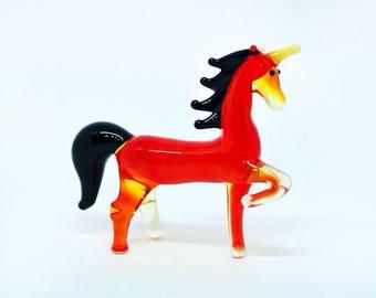 Red Glass unicorn figurine animals glass unicorn miniature art glass doll house toy murano animals tiny small unicorn figure glass