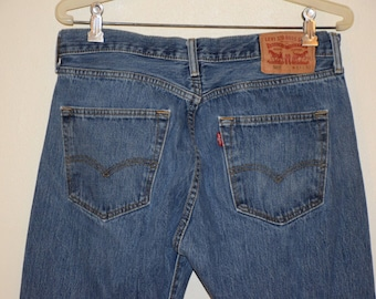 Vintage 80's Classic High Waisted Button Fly 501 Levi Red Tab Denim Jeans - Medium Stone Wash W33