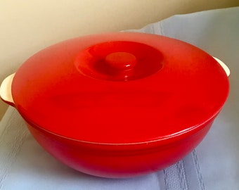 Vintage Universal-Cambridge Oven Proof COVERED CASSEROLE Bowl Made in USA