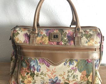Vintage Leisure Brand Floral Print Travel Bag