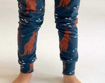 """Eddie & Bee organic cotton leggings in """"Dark Blue Bouncy Kangaroo"""" print."""