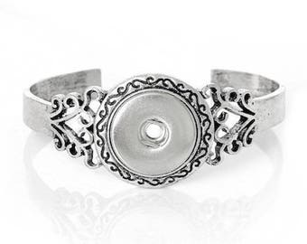 Flowers snap open Bangle