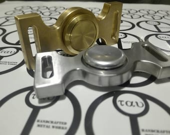 2 hand spinners - Bronze and stainless steel + Cork caps offer - very limited edition - Free and fast shipping