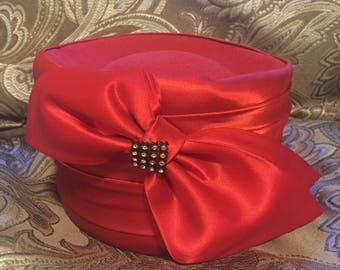50s 60s Red Pillbox Hat