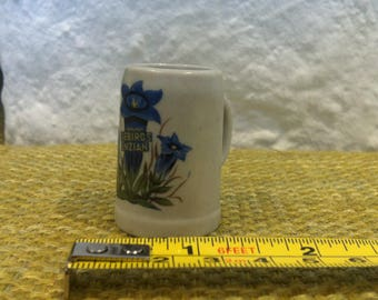 vintage beer mug dollhouse accessoires porcelain decoration miniatures
