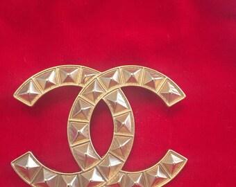 Vintage Chanel Classic CC Brooch