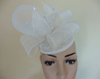 White Wedding Hat.White Occasion Hat. White Ascot Race Hat. Small White Hat.Fascinator.Pillbox Hat.