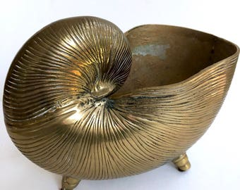 Large Heavy Brass Shell Planter // Solid Brass Nautical Planter // 1970's-1980's