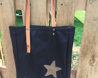 Handbag, shoulder, Brown distressed leather