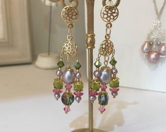 Golden earrings goldfilled, baroque Pearl and Swarovski