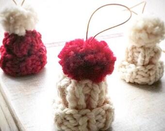 Christmas ornament - Christmas tree ornaments - Christmas tree ornament - Xmas balls - handmade - hand knitted