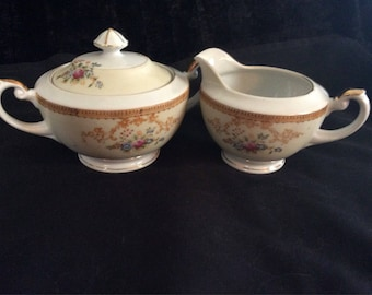 Vintage Sugar Bowl&Creamer Set
