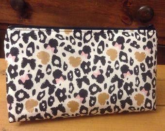 Minnie Mouse Metallic Carbon Leopard Print Zipper Pouch, Makeup Pouch, Travel Bag, Cosmetics Case, Accessories Bag FREE SHIPPING!