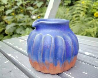 Mini jug / bud vase