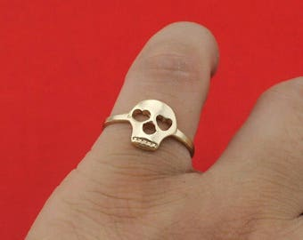 Gold skull ring size us8