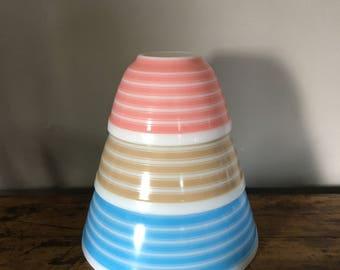 1965 Rainbow Pyrex Mixing bowls/vintage Pyrex/vintage Pyrex Mixing bowls/Pyrex striped Mixing bowls/Pyrex rainbow bowls/Pyrex bowls