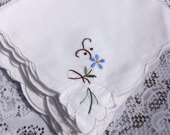 Vintage, Embroidered Table napkins set of 4 or 8
