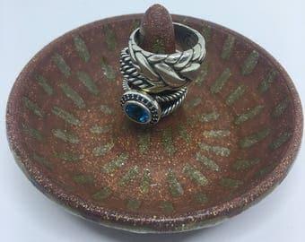 Ceramic Ring Dish / Jewelry Holder / Ring Tree