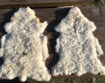Two small genuine sheepskin rugs from Bosnia / 91 / 90