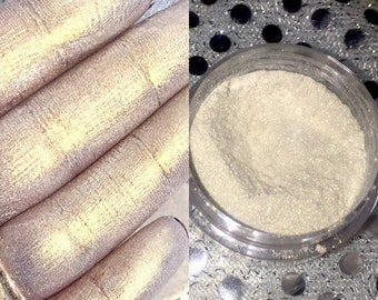 Champagne Gold Highlighter - Sample 3 g jar - Champagne Diamond Loose Highlighter, Pigment,  Powder Highlighter, Glow, Highlighters