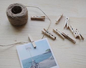 Set of 5 mini wooden clothespins