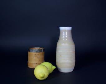 Pitcher / Vase white-beige (ceramic)
