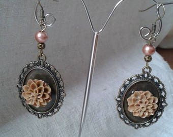 cabochon and Brown Flower Earrings