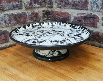 Skull cake stand, Gothic gift, Pizza platter, Large plate, Pedestal, Skulls base and plate, Hand painted ceramic, weird and wonderful