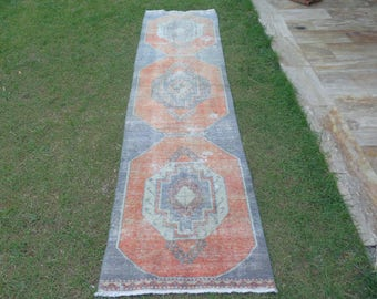 Distressed Turkish Runner, Aisle Rug, Narrow Runner, Hall Runner, Hallway Rug, Vintage Runner Rug, Rug Runner