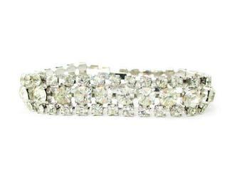 Beautiful Vintage White Rhinestone Costume Jewelry Bracelet