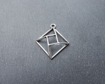 2 3D geometric metal pendants silver 31 x 27 mm