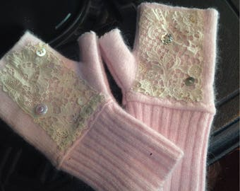 Fingerless  sweater gloves, with antique  lace trim