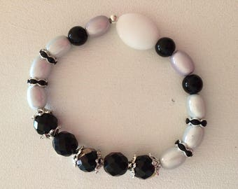 White Glass Bead Bracelet, black, white, gray.