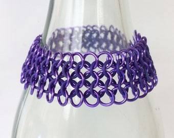 Chainmaille bracelet, european 4-1 of purple with rubber rings, stretch bracelet, stretchable bracelet, purple bracelet, Tessa's chainmail