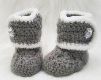 Princess Crochet Boots-Baby Girl Clothes - Baby Photo Prop - Newborn Baby Booties - Newborn Girl Coming Home Outfit - Baby Girl Shoes -Uggs