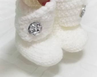 Crochet Gem Baby Booties-Baby Girl Clothes - Christmas baby - Christmas - Newborn Girl Coming Home Outfit - Baby Girl Shoes - uggs - bling