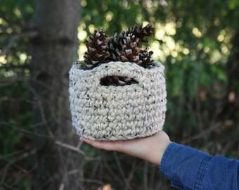 CROCHET PATTERN / Crochet chunky mini basket pattern / basket pattern with handles / pdf pattern / chunky nesting bowl /easy crochet pattern