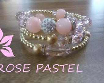 pale pink Glass Bead Bracelet.