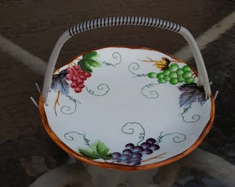 Lefton Grapes & Leaves Handled Tray 431