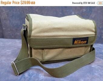 Vintage Nikon Camera Green Canvas Bag Case with Dividers