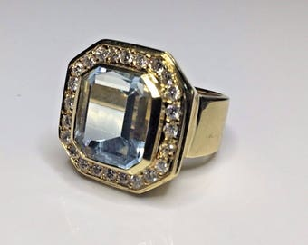 Estate 18K Yellow Gold 8.5 CTW Aquamarine Aqua & Diamond Ring 15.73 Grams Size 6